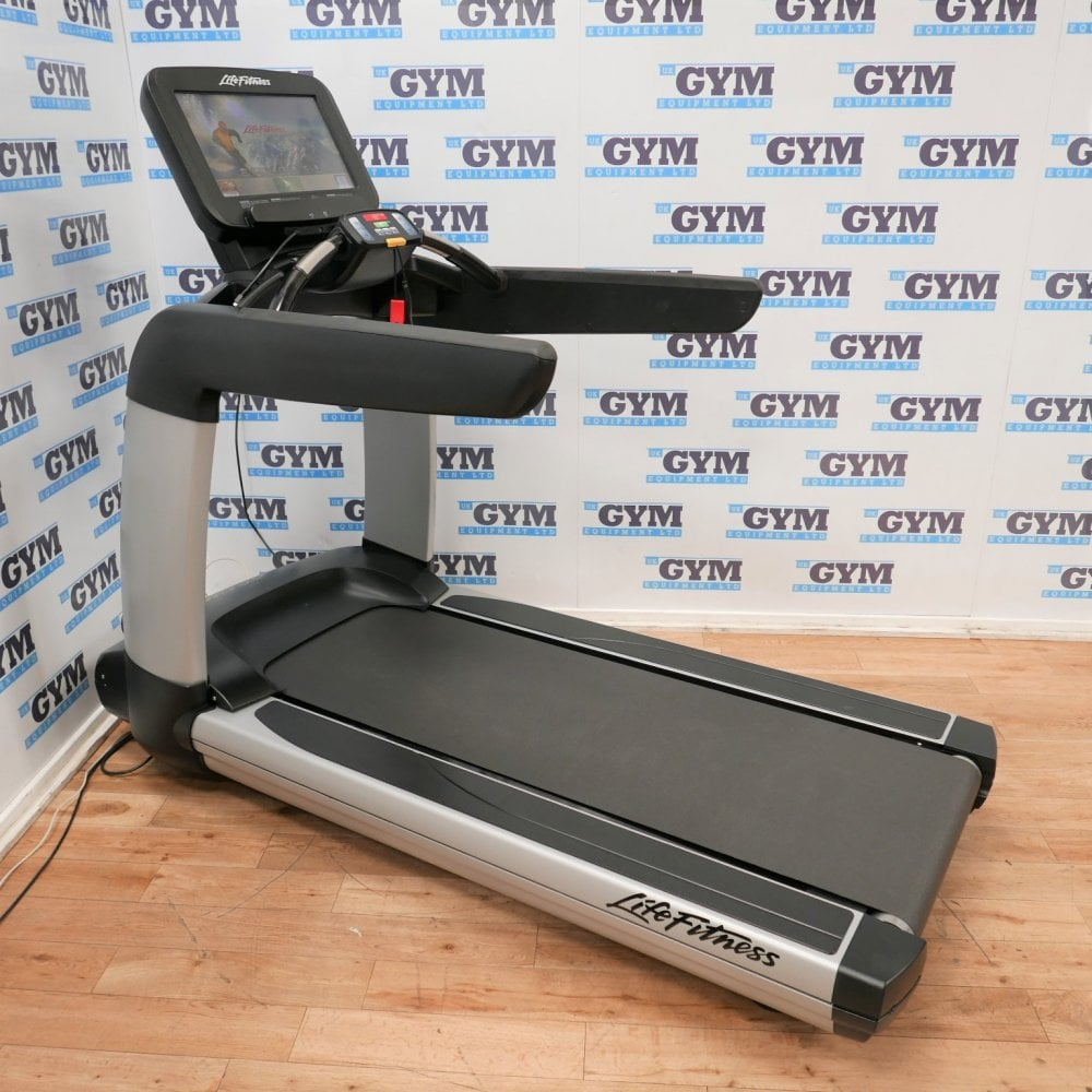 Life Fitness Treadmill Discover Se: Life Fitness Refurbished 95T Elevation Series Discover SE